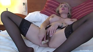 Of age blonde slut uses a basic trifle on her seasoned snatch
