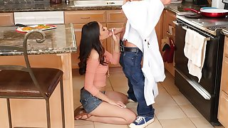 Quickie fucking in the kitchen with luxurious Harmony Wonder