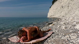 The hidey-hole blogger with the addition of kinky nudist girl fuck on the beach