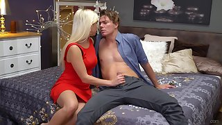 Erotic fucking essentially the bed between adorable blondie Gabi Gold and say no to man