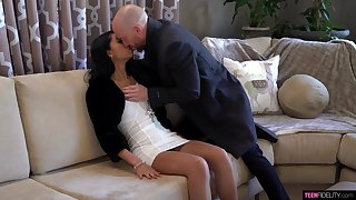 Stunning babe Jada Doll is fucked and creampied overwrought hot blooded spoken for guy