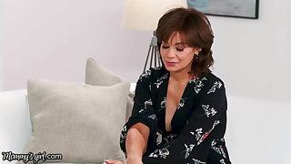 Mommy's Cooky Gia Derza Can't Stand New Stepmom, Until...