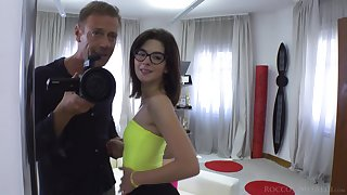 Young nerdy girls are lag behind their turn with Rocco