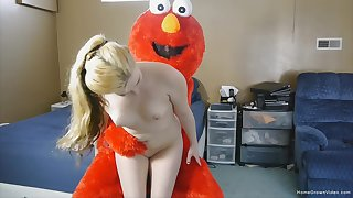 White girl gets naked and full hardcore down a guy in a Muppet costume
