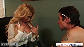 Milf boss Sarah Jessie is fucked by one say no to workers relevant on someone's skin table