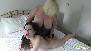 OldNannY British Mature Lesbian Make believe