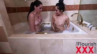 Girlfriends   pacification ends up close by squirting orgasms