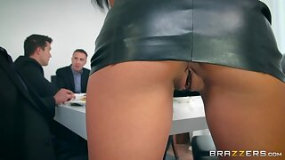 Mesmerizing hot like hell babe roughly racy ass is made for double penetration