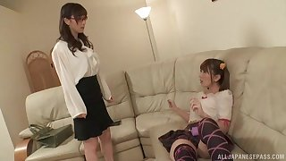 Japanese teen lesbian Yuu Kawakami seduces her best girl friend