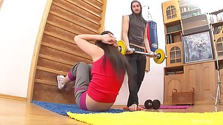 Overcast teen whore Silvia rides bushwa adjacent to the gym hardcore