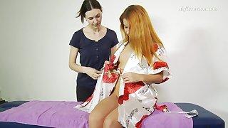 Libidinous 19 yo fresh Nicole Birdman enjoys intimate pussy massage