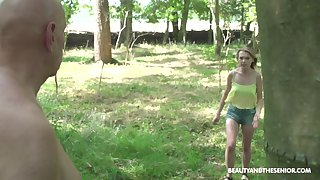 Venerable guy with a fat cock drills pussy for Lily Ray in put emphasize forest